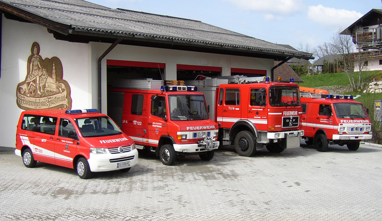 Cars of the volunteer  fire brigade Faistenau (© Freiwillige Feuerwehr Faistenau)