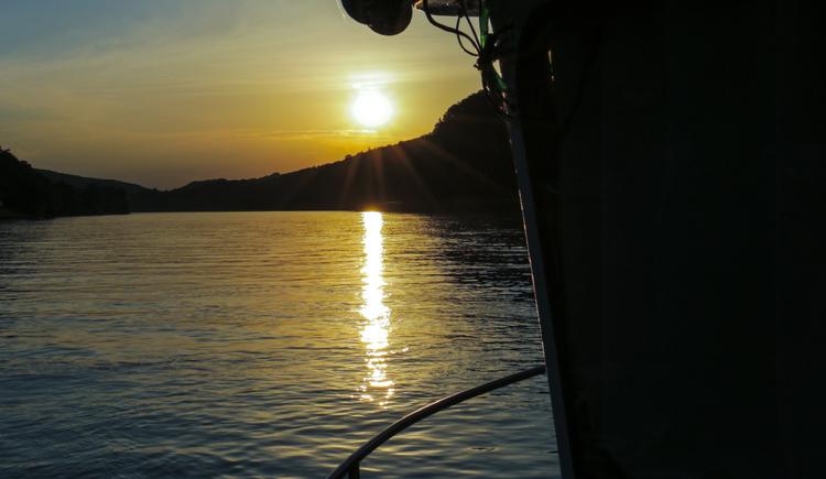 Sonnenuntergang an Bord der MS Sissi
