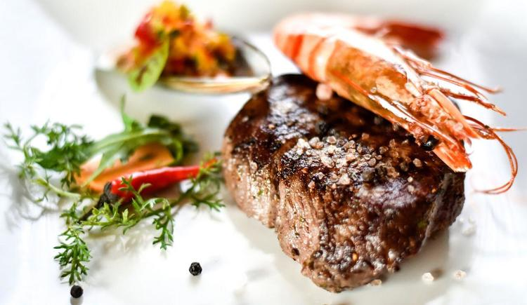 Surf and Turf (© Hotel Alexandra)