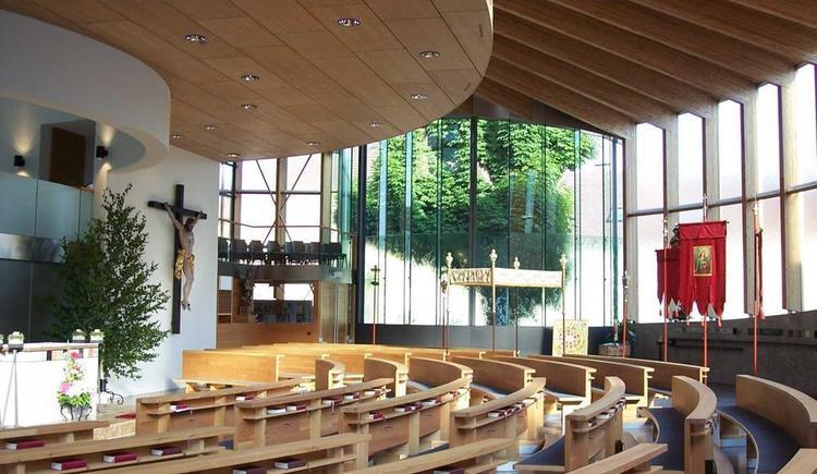 Katholische Pfarrkirche innen