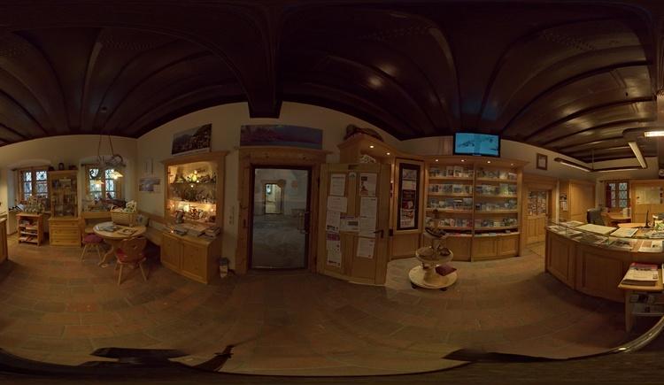 Rundumblick im Tourismusbüro Bad Goisern