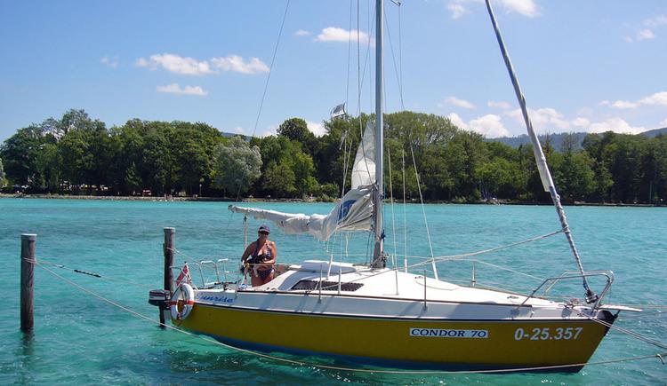 Sail4You Bootsausflug mit Kajütsegelboot am Attersee (© Edmund Holzer)