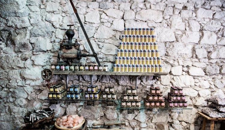 Produkte aus Salz im Salzhaus Hallstatt. (© Michaela Tucek)