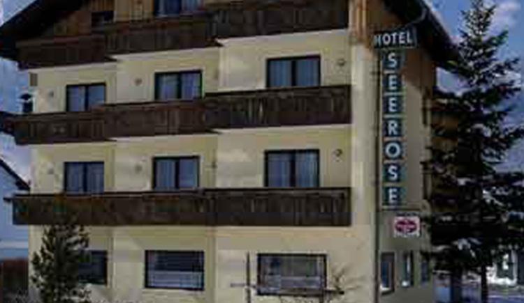 Vorderansicht Hotel Seerose. (© Seerose)