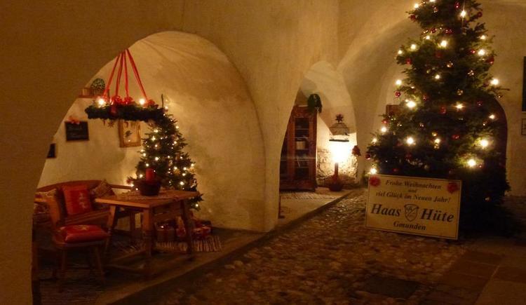 Arkadenhof Haas im Advent_P1050887 (© Apartment Heidelinde)