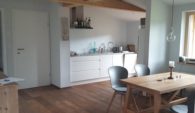 Wohnung Gipfelstürmer - Küche und Essplatz (© dasGams)