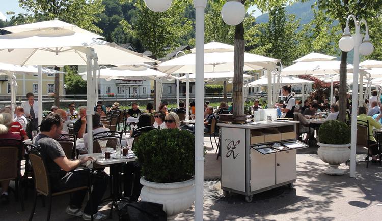 Gastgarten. (© Konditorei-Kaffee Zauner GmbH & Co KG)