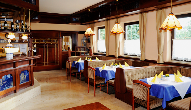 Gasthaus Café Zöpfl in Maria Schmolln - Gaststube mit Ausschank. (© Innviertel Tourismus)