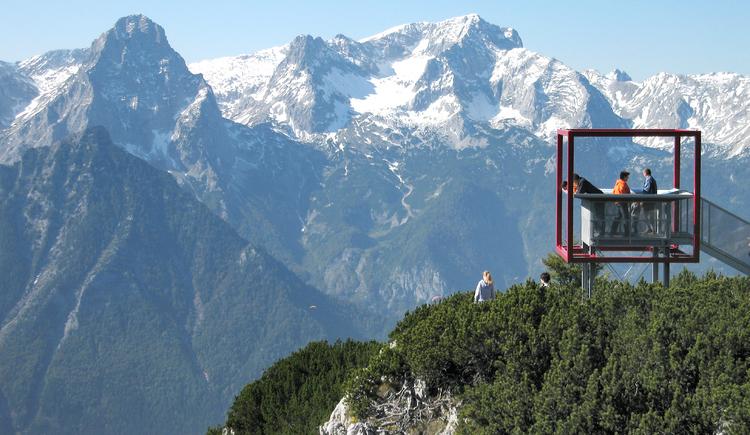 heinz-schachner-wanderer-plattform-dachsteinblick-panorama (© Gemeinde Hinterstoder)