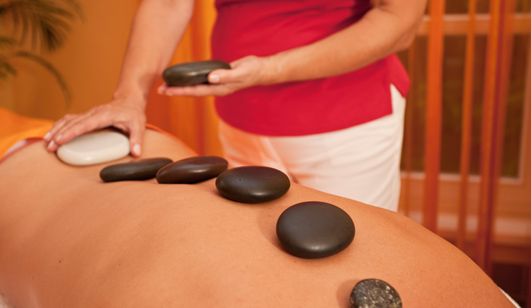 Massage_2. (© EurothermenResorts)