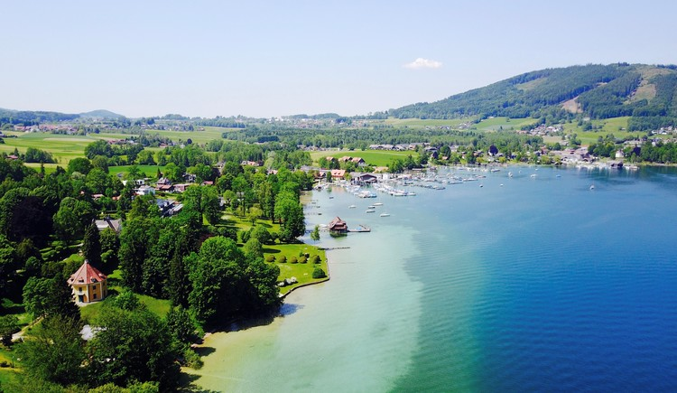 Blick Richtung Attersee (© Hotel Aichinger)