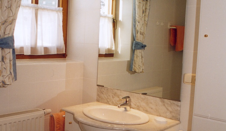 Bathroom inside House Klammer