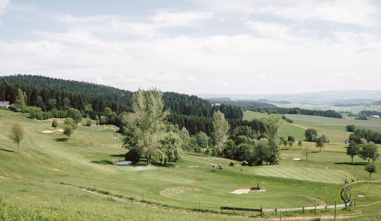 Golfanlage mit Panoramablick (© Stöbich)