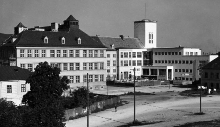 Diesterwegschule 1918 (© © Archiv der Stadt Linz)