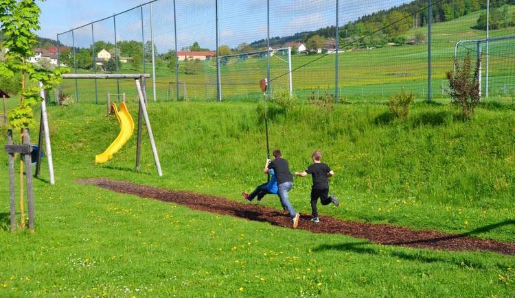 Spielplatz Jugendherberge Trenda (© Trenda)