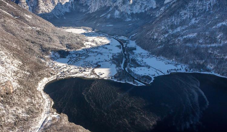 Obertraun liegt am Ufer des Hallstättersees. (© Sven Posch - www.360perspektiven.com)