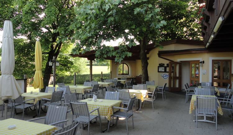 Gasthof Gebhart - Gastgarten (© Gabriela Hilz)