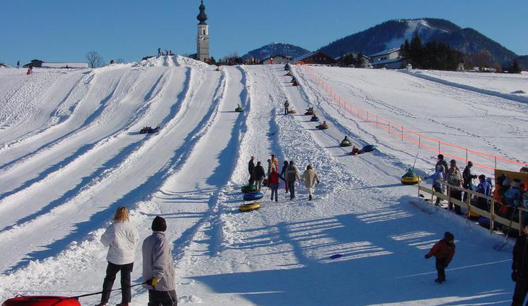 Snowtubing (© © Tourismusverband Faistenau)