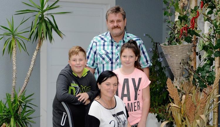 Pension Winhardt Familie