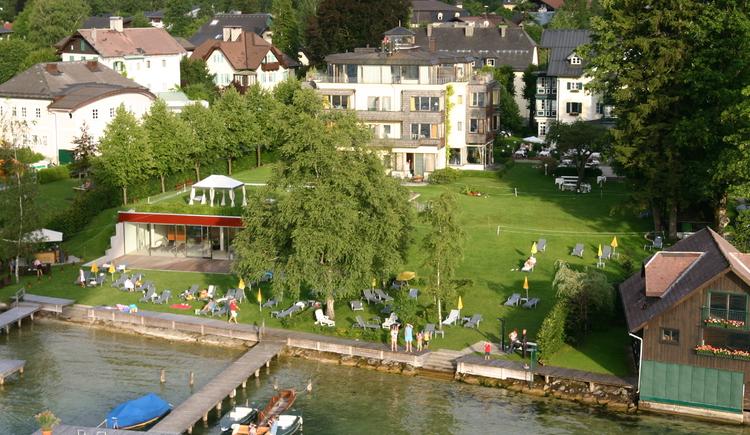 Das 4 Sterne superior Hotel Villa Brandauer in Strobl direkt am Wolfgangsee. (© Hotel Villa Brandauer)
