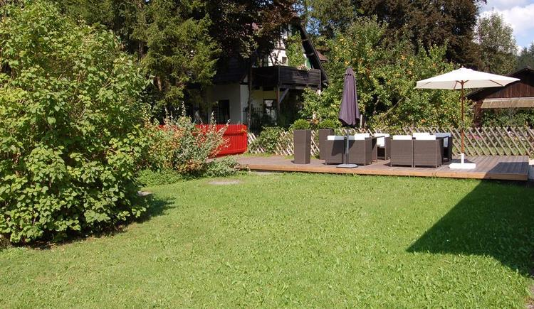 Garten (© Edelweiss Alpine Lodge)