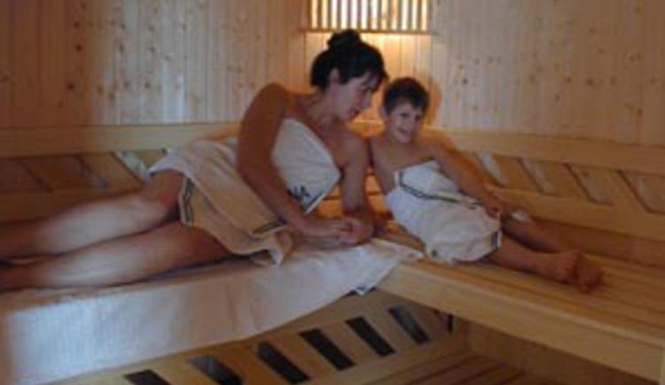 Entspannen sie in der hauseigenen Sauna und lassen sie den Tag ausklingen. (© Rehn)
