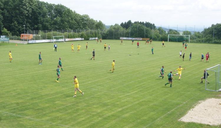 Fußballplatz.JPG (© Alois Ferihumer)