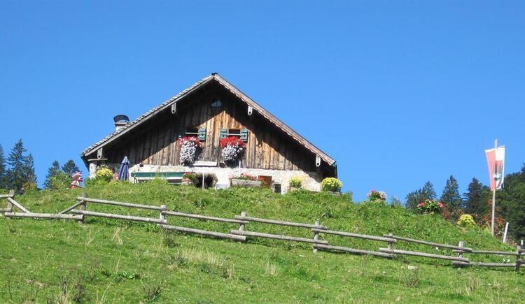 Hauserhütte auf der Ladenbergalm (© fuschlseeregion/trinkl)