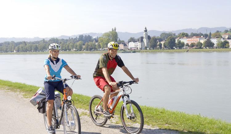 Radtour Donau. (© (c) Donau OÖ/Weissenbrunner)