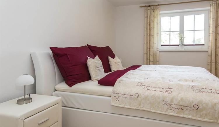 Schlafzimmer (© Gut Hinterklaus)