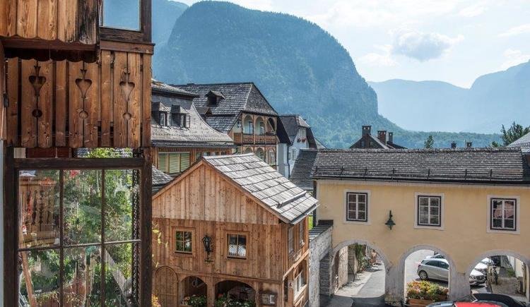 The incredible view of the Salzhaus in Hallstatt.