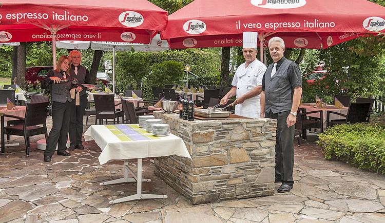 Terrasse mit Grillplatz - Restaurant Landhof
