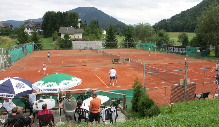 The 3 most wonderful tennis courts in Faistenau (© Tennisclub Faistenau)