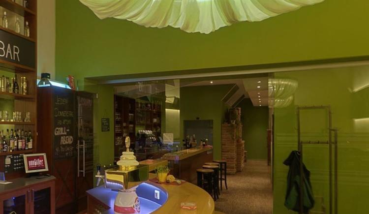 Bar beim Eingang (© Vonwiller)