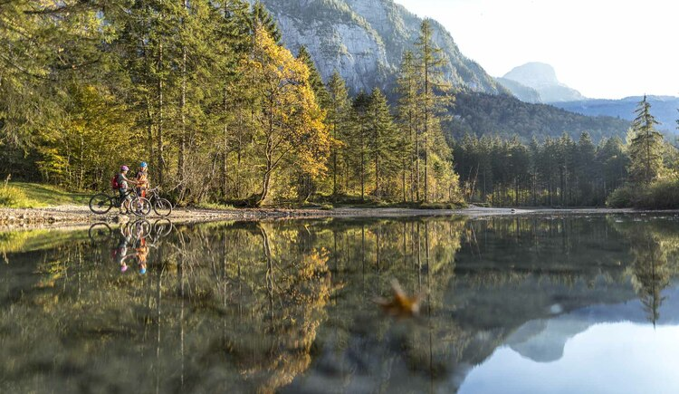 Insider tip Koppenwinkellacke - a few kilometers from Hallstatt you will find heavenly peace and solitude along the Obertraun route. (© WOM Medien GmbH Andreas Meyer)