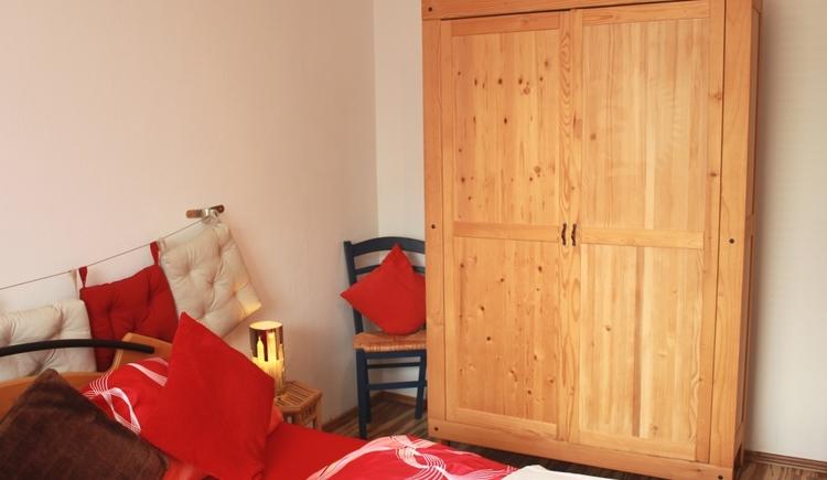 Schlafzimmer Wohnung 1 Ansicht 2 Ferienwohnung Christine Schober