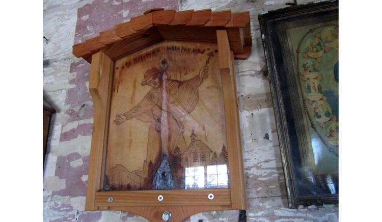 Blick auf ein Holzbild