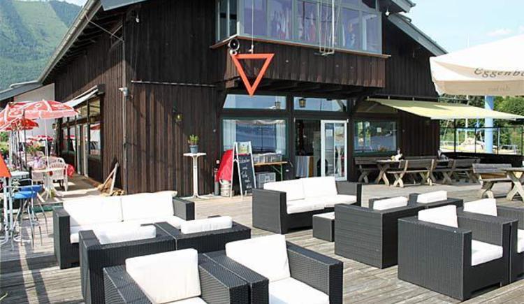 Club Buffet Segelclub Traunkirchen_Terrasse3