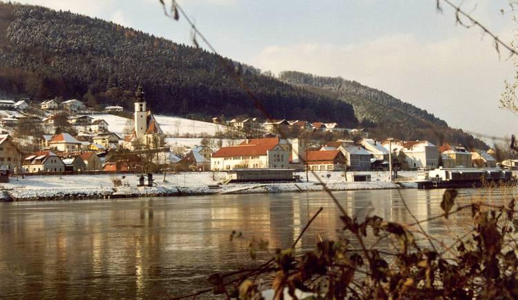 Engelhartszell, Donau, Stift, Wandern, Rad fahren. (© tvezell)