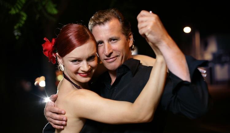 Enjoy a dance evening in the Kurzentrum Bad Goisern am Hallstättersee