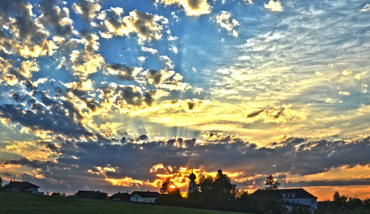 Treubach, Sonnenuntergang, Innviertel. (© Treubach / S.Pommer)