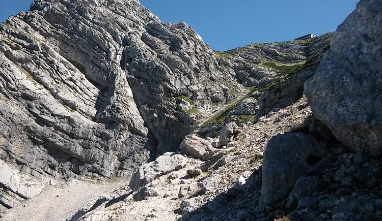 Aufstieg durchs Geröll, ca. 1 Stunde noch zur Welser Hütte