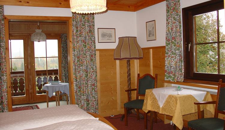Göschlseben  Doppelzimmer 1.jpg