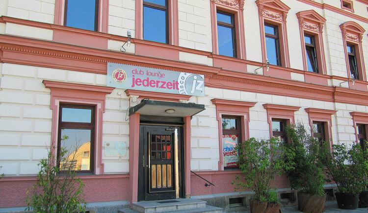 Außenansicht des Eingangs. (© Stadtmarketing Perg)