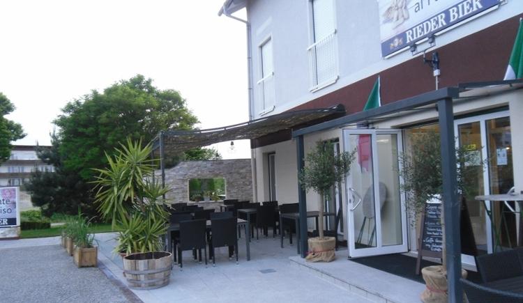 ristorante-al-paradioso-gastgarten-800x521 (© Ristorante al Paradiso)