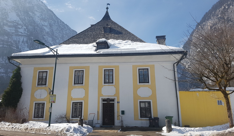 The benefice is located in the district Hallstatt Lahn.