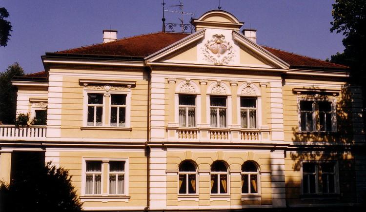 Schloß Mühlheim am Inn.jpg