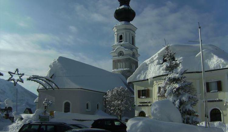 Faistenau, Kirche und Rathaus 2010