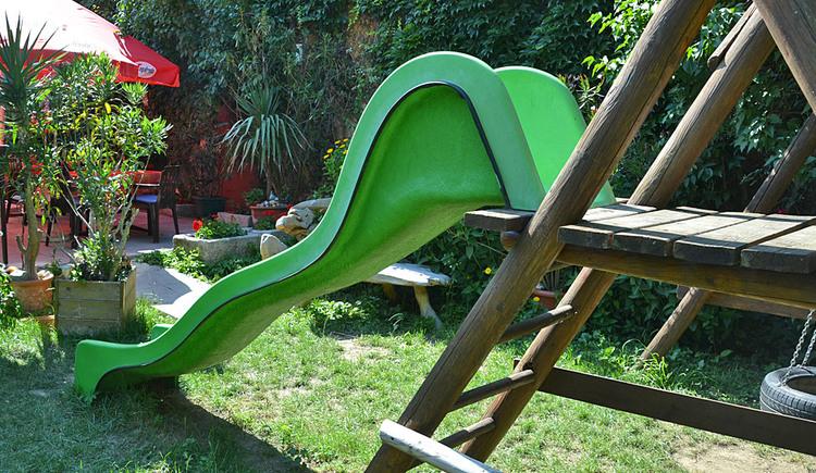 Kinderspielplatz außen - Gasthof Mandorfer