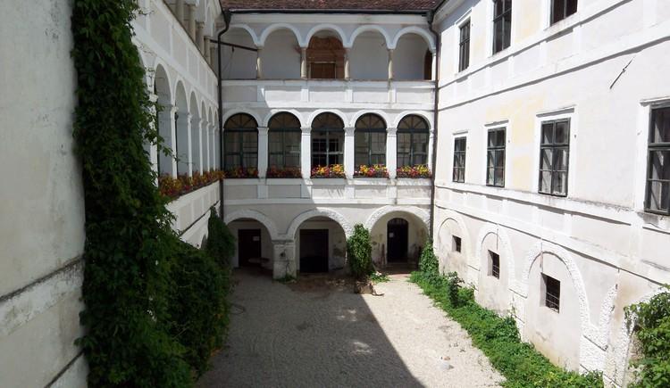 (© Gutsverwaltung Schloss Katzenberg)
